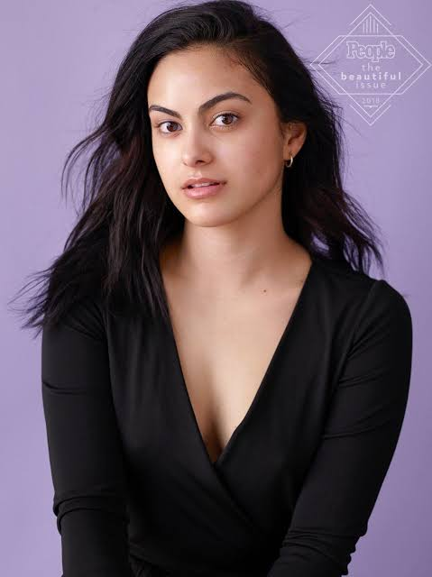 Camila Mendes: Is Camila Mendes related with Shawn Mendes?
